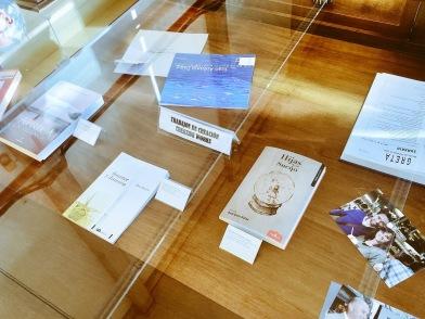 Exposición '5 miradas/5 décadas' (Dpt. Filología Inglesa UGR)