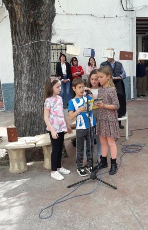 Grupo de niños (Beas de Granada)